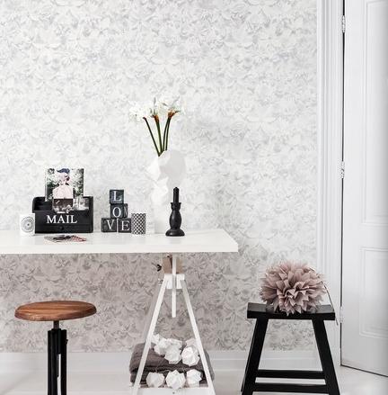 BN Moods White 3D Flowery Wallpaper