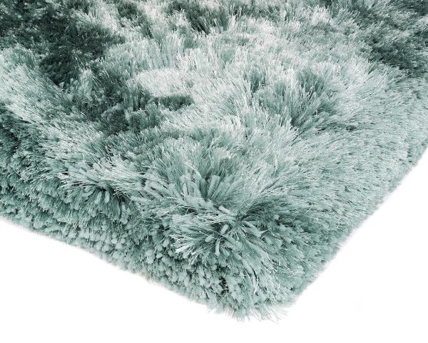 Heavy weight shaggy rug in a serene aqua