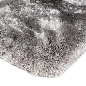 Heavy weight shaggy rug in a silver colour