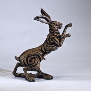 Edge Boxing Hare