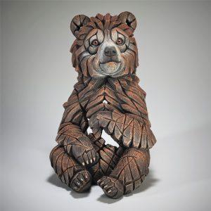 Edge Brown Bear Cub